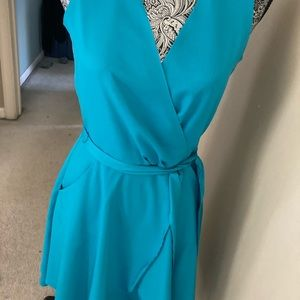 Banana republic wrap dress.   Beautiful teal color
